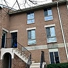 Condo in walking distance to Inner Harbor &... - Baltimore, MD 21201