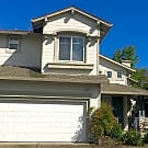 *PENDING* Lovely two story home in M section of Ro - Rohnert Park, CA 94928