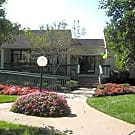 Woodhollow - Maryland Heights, MO 63043