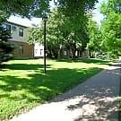 Oaks California Drive Apartments - Saint Paul, Minnesota 55108