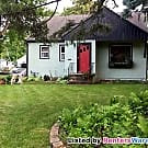 3BED/1BATH Pet Friendly Home in White Bear Lake - White Bear Lake, MN 55110