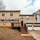 Spacious NE Marietta 4 BR/3 BA Renovated Contempor - Marietta, GA 30066