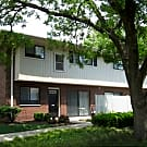 Racquet Club Apartments & Townhomes - Levittown, PA 19056