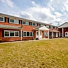 Lake Briarwood Townhomes - Arlington Heights, IL 60005
