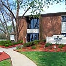 Regent Park Apartments - Louisville, Kentucky 40220