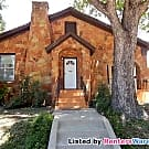 Huge 2/2 Close to TCU with updated appliances - Fort Worth, TX 76110