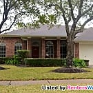 Stunner with a Pool in South Shore - League City, TX 77573