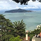 Panoramic Bay Views From This 2 Bedroom/2 bath Apt - Sausalito, CA 94965