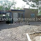 4 Br, 2 Ba, w/ kitchen appliances, near UNMH - Albuquerque, NM 87106