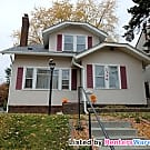 Upper 2 Bed Duplex Utilities Included - Minneapolis, MN 55418