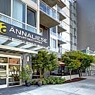 Annaliese - Seattle, Washington 98109