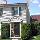 Immaculate 2 Bedroom Condo near Lakeside - Clinton Township, MI 48038