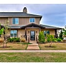 Modern 2 bed/2.5 bath Townhome near Lake Hefner! - Oklahoma City, OK 73120