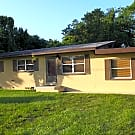 3/1 POOL HOME-LAMINATE FLOOR-FENCED YARD - Casselberry, FL 32707