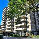 Embassy House Apartments - Memphis, TN 38117