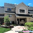 2 Level 2 Bed 2 Bath Condo w/2 Parking Spots!!!! - Edina, MN 55435