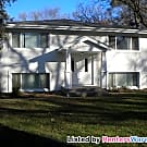 Great 2 Bedroom ready for a quick move in Coon... - Coon Rapids, MN 55448