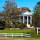 Fairfield Arnold Manor At West Islip - West Islip, New York 11795