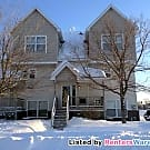 Very Nice 3BD/2BA End Unit TH In Fridley!!! - Fridley, MN 55432