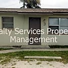 UNDER $700** 2 BEDROOM 1 BATHROOM FRESHLY PAINTED - Fort Myers, FL 33916
