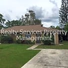Beautiful Duplex Apartment - Great Location - Outd - Fort Myers, FL 33967