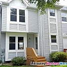 3 Bed 4 Bath Townhome in Ellicott City - Ellicott City, MD 21043