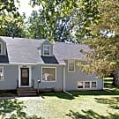 22 1/2 Ave - Rock Island, IL 61201