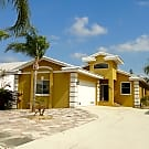 SHAGOS BAY 3/2 HOME W/BACKYARD - Apollo Beach, FL 33572