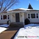 Nice duplex in Robbinsdale. - Minneapolis, MN 55422