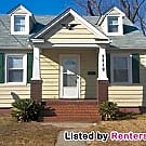 Super Cute 3 Bedroom Home (With SO Much Cabinet... - Richmond, VA 23222