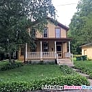 Charming 3BED/1BATH Home in Stillwater - Stillwater, MN 55082