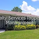 Beautiful 3 bedroom 2 bath 2 car garage home with - Fort Myers, FL 33919