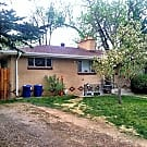 Charming 2 Bedroom in Englewood Close to Lightrail - Englewood, CO 80110