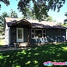 Fantastic 3BD/1BA Home in Brooklyn Park - Brooklyn Park, MN 55428