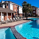 The Quarters Student Living - Lafayette, LA 70501