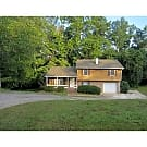 Spacious 3 bedroom 2 bath home on a cul-de-sac. - Ellenwood, GA 30294