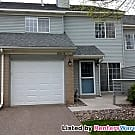 Clean 2 bedroom townhome available now! - Woodbury, MN 55125