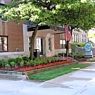 Lake Crest Apartments - Milwaukee, WI 53202