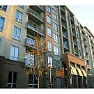 Stylish 2 BR/2 BA condo in Cosmopolitan at Lind... - Atlanta, GA 30324
