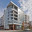 District Flats At Summit & Church Apartment Homes - Charlotte, NC 28203