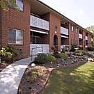 Delbrook Manor Apartments - Mechanicsburg, Pennsylvania 17050