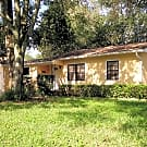 8106 Lynn Ave. Tampa, FL Nice 2+ Bedroom on Hug... - Tampa, FL 33604