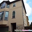 Beautiful 3 Story Townhome Near Memorial Park! - Houston, TX 77007