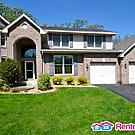 STUNNING 5 BED / 3.5 BATH HOME MAPLE GROVE! - Maple Grove, MN 55311