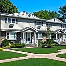 FAIRFIELD TOWNHOUSES AT BABYLON VILLAGE - Babylon, NY 11702