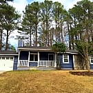 Lovely Country Cottage - Union City, GA 30291