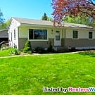 3 BR 1 Bath Home / Large Yard and Garage / Near... - Woodbury, MN 55125