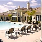 Bella Vista At Warner Ridge - Woodland Hills, California 91367