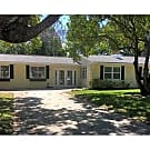 Dunedin Home w/Mother in Law Suite - Dunedin, FL 34698