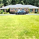 Stately brick ranch in Canterbury Forest - Atlanta, GA 30324